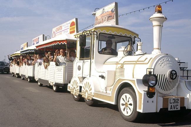lollipop-road-train